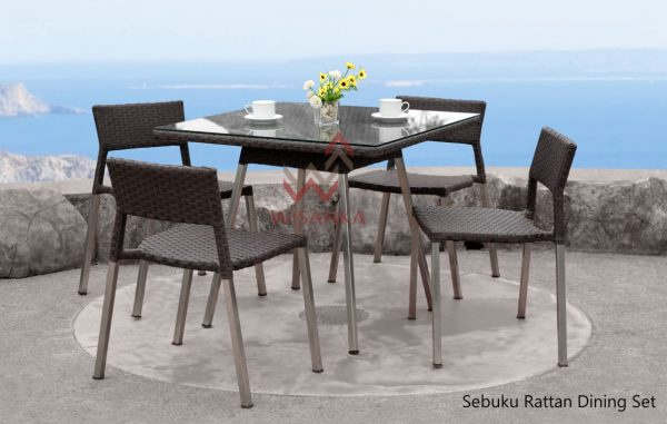 Sebuku Rattan outdoor Dining Set